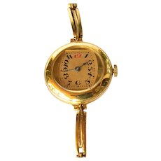 Ladies vintage gold plated wristwatch with gilt link bracelet, watch unsigned but made in Switzerland, circa 1920-30s.