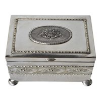 A Continental silver-plated dresser box, 1900c.