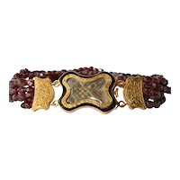 A garnet beaded mourning bracelet, 19th century.