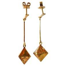 Pair of vintage 18ct. yellow gold drop earrings.