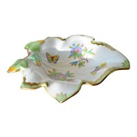 Herend  of Hungary, an early vintage leaf shaped dish.