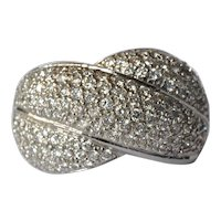 An 18ct. White Gold & Diamond Cocktail Ring, 1975c.