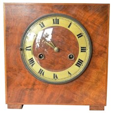 Art Deco era, mahogany desk clock, made by Junghans or the Hamburg American Clock Company (HAU),  Germany, circa 1927.