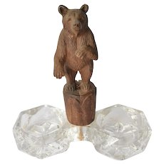 Black Forest carved bear mounted open salt &pepper, early 1900s.