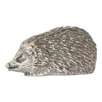 A vintage sterling silver ( 925 ) hedgehog figurine.