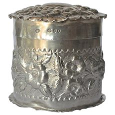 A Victorian silver round lidded trinket box, 1890.