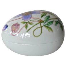 A Royal Copenhagen Porcelain Box and Cover, 1889-1922.