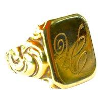 Vintage gold ( 9ct. ) signet ring.