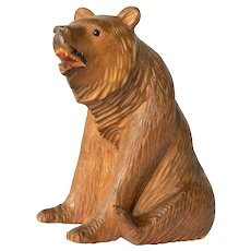 A Brienzer wood carved seated bear, early 1900s.