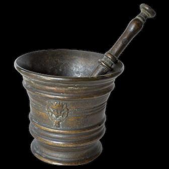 Antique bronze  mortar and pestle, 18th. century.