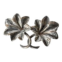 Silver (800 ) vintage leaf pin brooch.