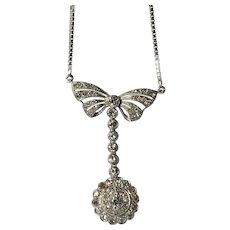 An art deco pendant in platinum with diamond set, 1930c.