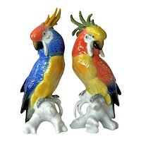 Karl Ens, pair of porcelain cockatoos, 1900 - 1919.