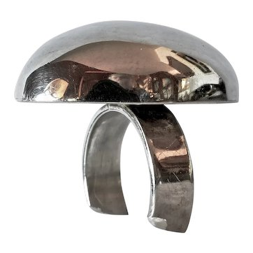 Silver ( sterling 925) designer ring.