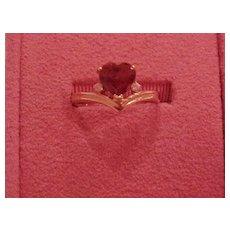 Garnet Ring - Ladies - Heart Shape - 14KG - Size 6 1/4
