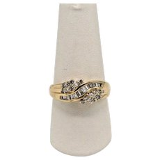 HDS Sweet 14k Yellow Gold Diamond Cluster Bypass Ring - Size 8.25