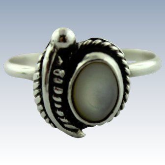 Southwestern Sterling Silver & Mother of Pearl Ring w/Feather Accent-Size 4