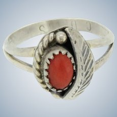 Signed C Davis Sterling Silver Oval Coral Stone Ring - Size 6.75