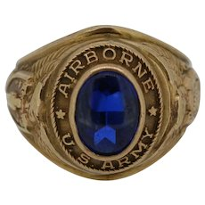 Vintage 10K Yellow Gold Airborne U.S. Army Oval Blue Ring - Size 6
