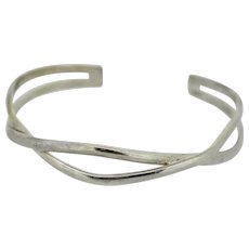 "Sterling Silver Crossover Design Cuff Bracelet - 6.75"""