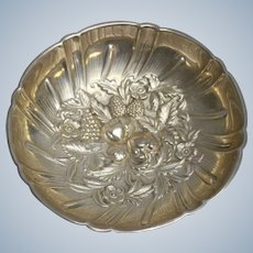 S Kirk & Son 430 Sterling Silver Repousse Footed Candy Dish