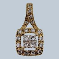 Sweet 10k Yellow Gold Round/Princess Cut Diamond Cluster Pendant