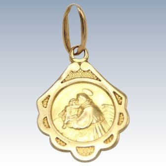 Small 18k Yellow Gold Blessing Mary Pendant/Charm