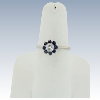 Sweet 14k White Gold Round Diamond and Sapphire Flower Ring - Size 6