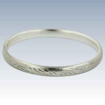 Sweet Sterling Silver Diamond Cut Etched Bangle Bracelet