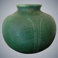 Arts & Crafts Grueby Matte Green Art Pottery Cabinet Vase
