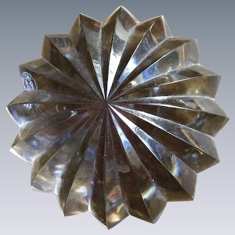Baccarat Art Glass Star Paperweight
