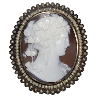 Antique Victorian 14k Gold Shell Cameo Brooch