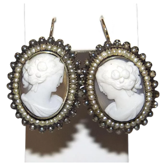 Antique Victorian 14k Gold Shell Cameo Earrings