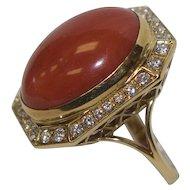 Vintage 18k Gold Coral & Diamond Ring