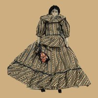 """Sweet 9"""" China Doll with purse"""