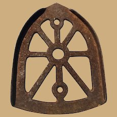 Classic Cast Iron Trivet for Ironing 4 x 6 Inches