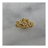 Antique 18K Yellow Gold English Love Knot Ring 1917
