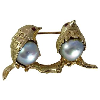 Vintage 14K Yellow Gold Double Pearl Bird Brooch