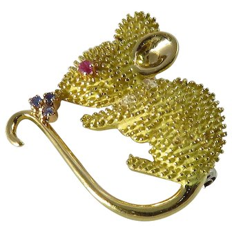 Vintage 18K Yellow Gold Mouse Brooch