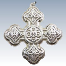 1971 Reed & Barton Sterling Silver Christmas Cross