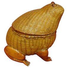 Rare Vintage Midcentury Chinese Woven Frog Basket Large Size