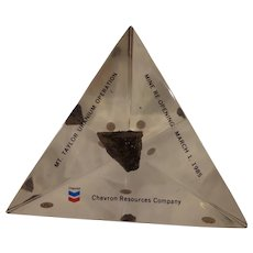 Rare Chevron Resources Company Mining Executive Paperweight Advertising with Uranium Specimen Oil & Gas