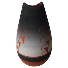 Native American Sioux Pottery Vase Signed