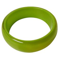 Vintage Early Plastic Bangle Bracelet