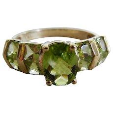 Vintage 10 K Peridot Ring