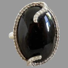 14 K Oval Cabochon Onyx and Diamond Ring Size 6.5