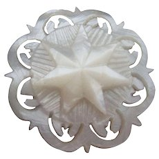 Mother-of-Pearl RARE layered STAR WINDER; Antique c1800's