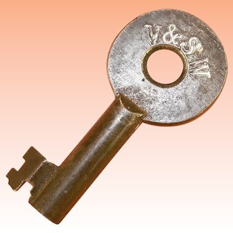 V & SW Virginia and Southwestern Hollow Barrel Steel Railroad Key