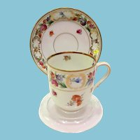 Schumann Bavaria Dresdner Art 9815 Demitasse Cup and Saucer