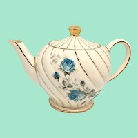Sadler England Swirl Blue Rose #7200 1-1/2 Cup Single-Serving Teapot Gold Trim